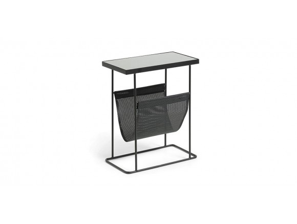 Mesa auxiliar con revistero de metal y cristal negro Vogue