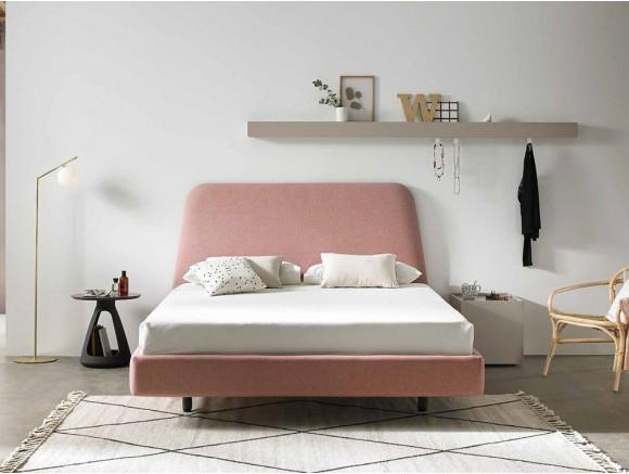 Dormitorio con cabecero tapizado Trapez