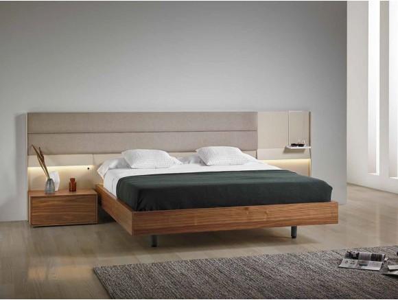 Dormitorio con cabecero tapizado Intana con mesita de noche Flat