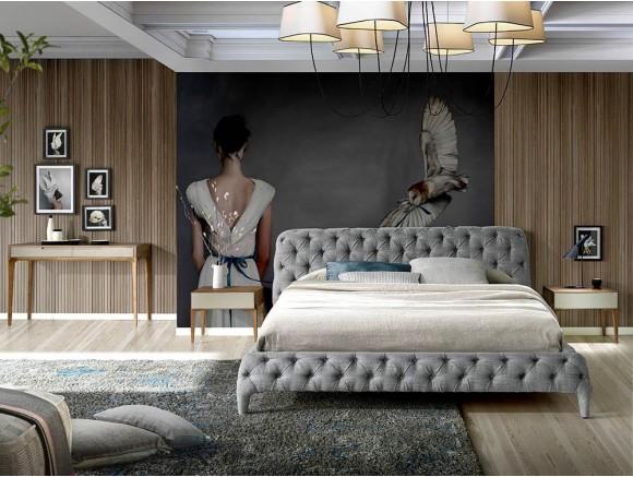 Cama con estructura tapizada en tela gris en acabado capitoné que incluye somier 7029 Harmony de Ángel Cerdá