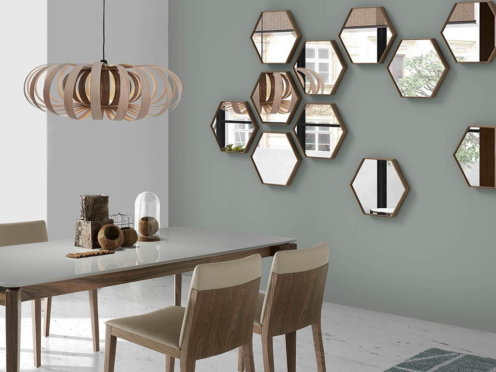 Espejo hexagonal chapado en nogal Ángel Cerdá 3039 Harmony en Mobel 6000
