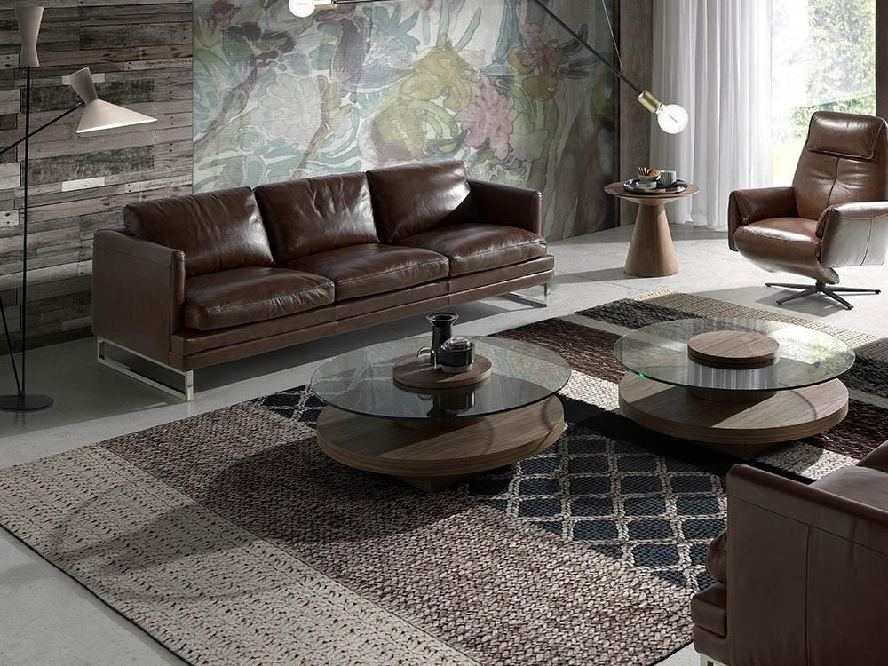 Mesa de centro redonda chapada en nogal con tapa de cristal templado 2052 de Ángel Cerdá Harmony