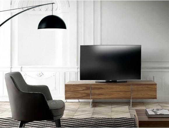 Mueble para tv chapado en nogal natural con pies de acero cromado 3045 de Ángel Cerdá