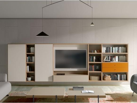 Mueble de salón suspendido con estructura en roble y frentes lacados en arena mate Ios Time