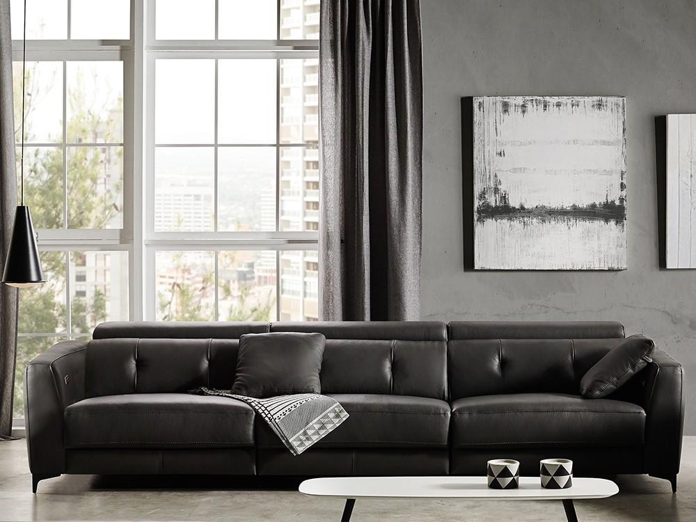 Sofá tapizado en piel Claudia