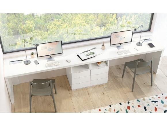 Zona de estudio con dos escritorios Stay