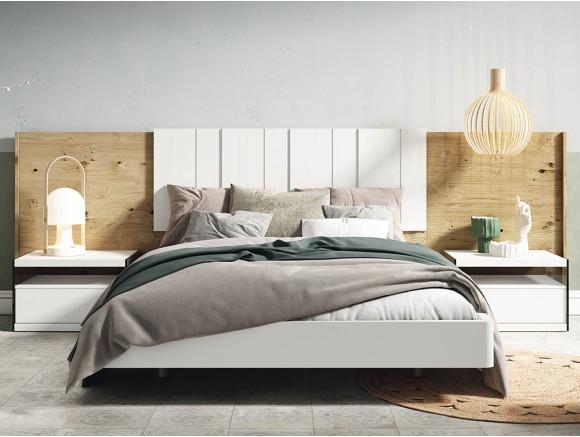 Dormitorio con estructura de cama con cabecero Legan, bañera y dos mesitas de noche Lyon cristal Diversa de Mesegué
