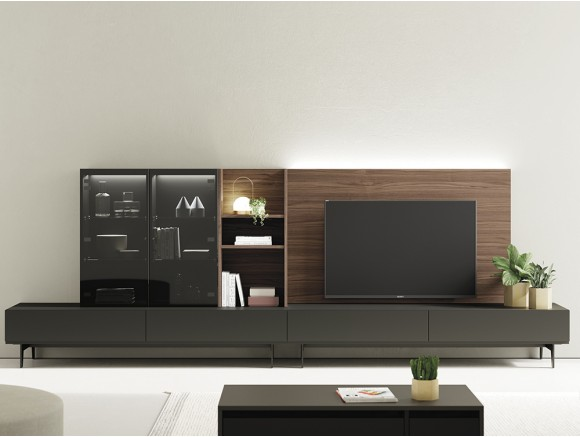 Composición para salón con panel tv trasero y vitrina On Vive